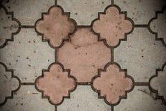 Bästa sikt av entonig Grunge Gray Brick Stone på jordningen för gataväg Trottoar körbana, trottoar i tappningdesignen Floorin arkivbilder