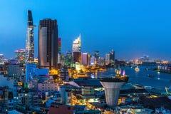Bästa sikt av Ho Chi Minh City på nattetid, Vietnam Resor Royaltyfria Foton