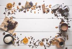 bästa sikt av kaffeuppsättningen Royaltyfri Bild