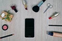 Bästa sikt av skönhetsmedel och sminkobjekt Fotografering för Bildbyråer
