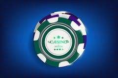 Bästa sikt av svartvita chiper för kasino på blå bakgrund Online-kasinochipleken på blått bordlägger att spela vektorn 3d royaltyfri illustrationer