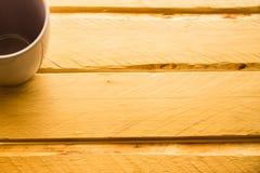 Bästa sikt för kopp på trä Royaltyfri Fotografi