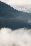 Bästa sikt för Paragliding Royaltyfria Bilder