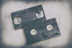 Bästa sikt, snabb bana På en vit bakgrund ingen isolering Genomskinlig orientering för design för VHS kassettkropp Retro tvräknin arkivbild