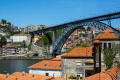 Bästa sikter av den Douro floden vid Vila Nova de Gaia - Porto royaltyfri fotografi