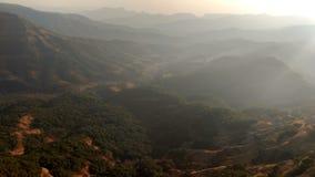 Bästa solnedgång tt för kulle Arkivfoton