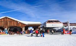 Bästa Verdons elevatorstation Ski Resort Courchevel Royaltyfria Bilder