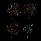 Bäume auf schwarzem Hintergrund Lizenzfreie Stockbilder