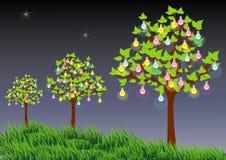 Bäume mit Glühlampe Stockbild