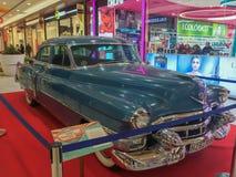 błękitny Cadillac Wystawa roczników samochody w Talavera De La Reina obrazy stock