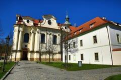 BÅ™evnovklooster (het Duits: Stift Breunau) is een Benedictinearchabbey in het BÅ™evnov-district van Praag, Stock Afbeelding