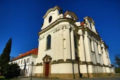 BÅ™evnovklooster (het Duits: Stift Breunau) is een Benedictinearchabbey in het BÅ™evnov-district van Praag, Royalty-vrije Stock Foto's