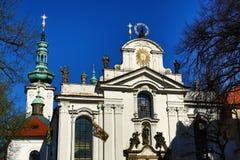 BÅ™evnovklooster (het Duits: Stift Breunau) is een Benedictinearchabbey in het BÅ™evnov-district van Praag, Stock Foto's