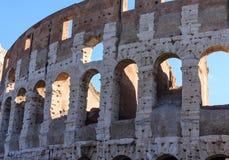 Bågar till och med Colosseum Fotografering för Bildbyråer