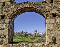 Båge av akvedukten i Merida Arkivfoto