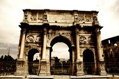 Båge av Constantine i Rome Arkivbilder
