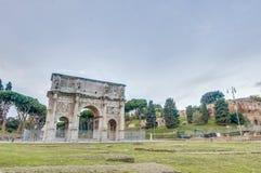 Båge av Constantine i Rome, Italien Arkivbild