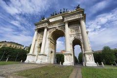 Båge av fred, Milan, Italien arkivfoton