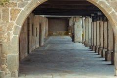 Båge av silleriaen i Aguilar de Campoo Palencia royaltyfria bilder