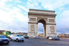 Båge av triumfen av Paris, Frankrike Royaltyfria Foton