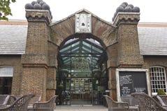 Båge för London historisk barvisartavla Royaltyfria Foton