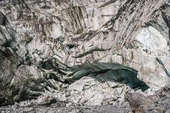 Båge i den Franz Joseph glaciären Royaltyfria Bilder