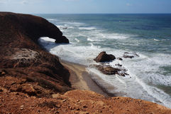 Båge i sandstenklippa Royaltyfria Foton