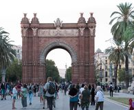 Båge triumf- de Barcelona arkivbild