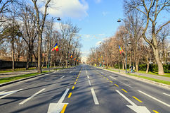 Bågen av Triumph Arcul de Triumf från Bucharest Rumänien Royaltyfria Foton