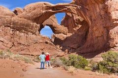 bågen välva sig den dubbla nationalparken Royaltyfria Foton