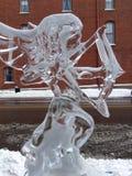 Bågskytteskulptur, av is! Arkivbild
