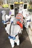 Bår för Biohazardlagpäfyllning i ambulans Royaltyfria Foton