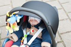 Bébé adorable dans des vêtements de l'hiver Images stock