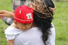 Bébé avec son père Photographie stock