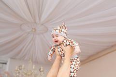 Bébé caucasien adorable Portrait d'un bébé garçon de trois mois Photographie stock libre de droits