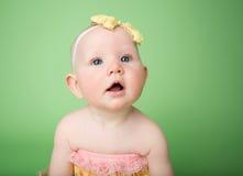 Bébé dans l'équipement de Pâques photographie stock libre de droits