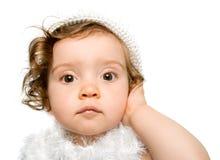 Bébé dans la robe blanche et le h Images libres de droits