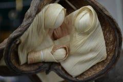 Bébé de Jésus, le vidgin Mary et Joseph fait de feuilles de maïs photos libres de droits