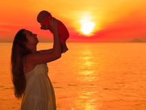 Bébé de lever de soleil Image stock
