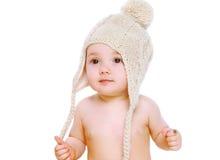 Bébé de portrait dans le chapeau tricoté par confort Image stock