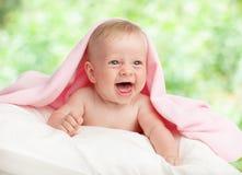 Bébé en été Photos libres de droits