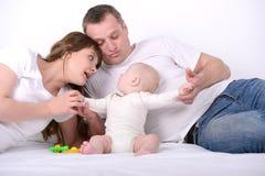 Bébé et parents image libre de droits