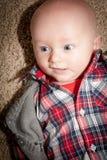 Bébé garçon avec des yeux de Big Blue Image libre de droits