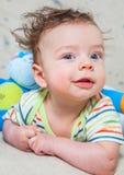 Bébé garçon avec le singe Photos libres de droits