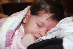 Bébé nouveau-né doux et innocent photo stock