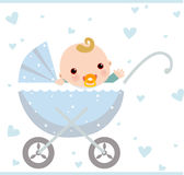 Bébé s'asseyant dans le chariot Photos stock