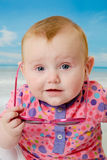Bébé sur la plage Photographie stock libre de droits