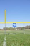 Béisbol cerca asquerosa de poste y del campo abierto Imagen de archivo libre de regalías
