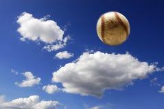 Béisbol en aire fotografía de archivo libre de regalías