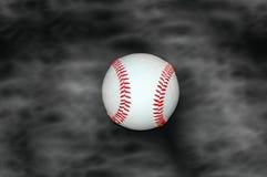 Béisbol en fondo ahumado Imagenes de archivo